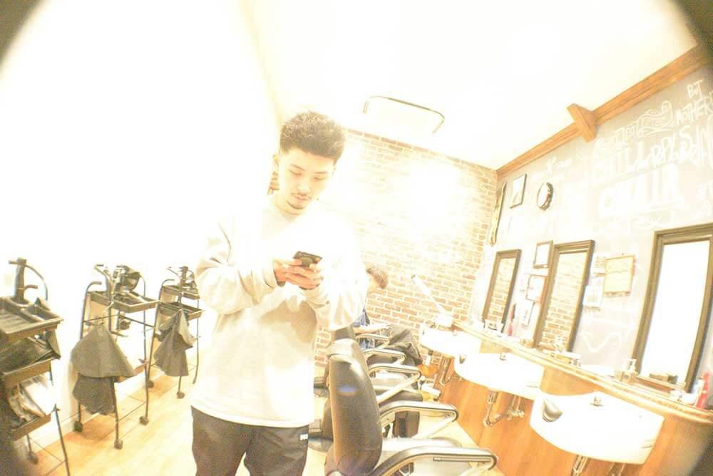 高円寺メンズ専門美容室CHILLCHAIR 「アメリカ」と「東京」のSTREETカルチャーを発信するBARBER(床屋) イメージその2